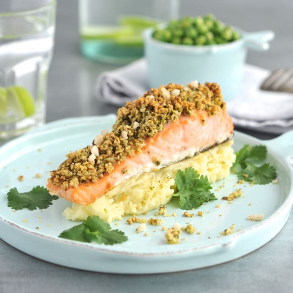 Salmon in oatmeal & walnut crust